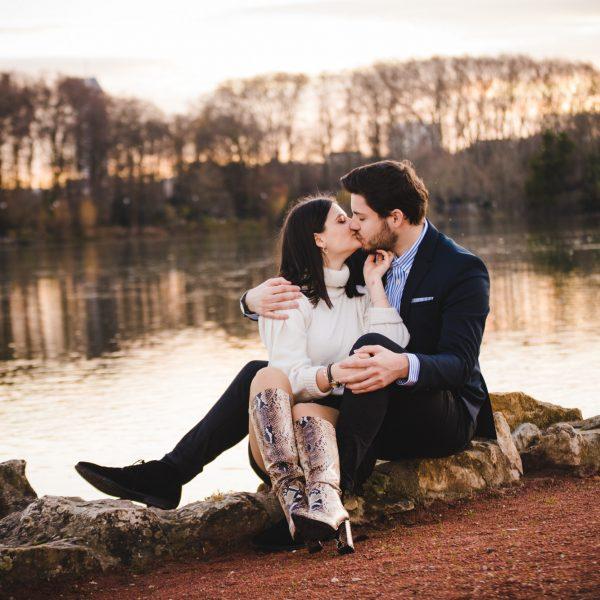 Séance d'Engagement Romantique en Extérieur ❤️